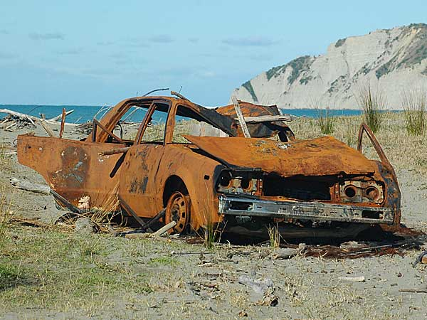 image of rusty car